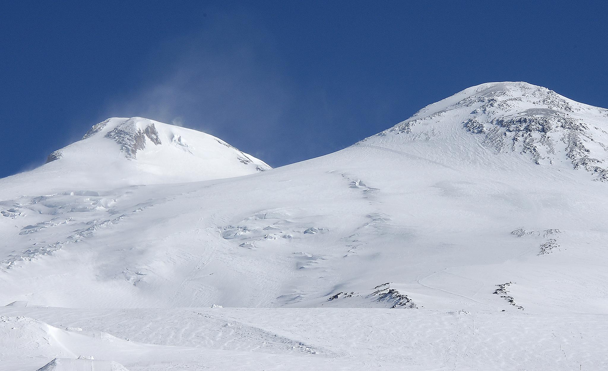 2004 / Elbrus Summits